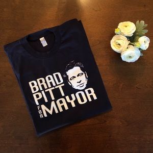 EUC American Apparel BRAD PITT FOR MAYOR Shirt